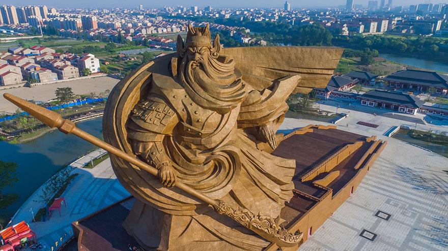 Guan Yu-elmaaltshift-2
