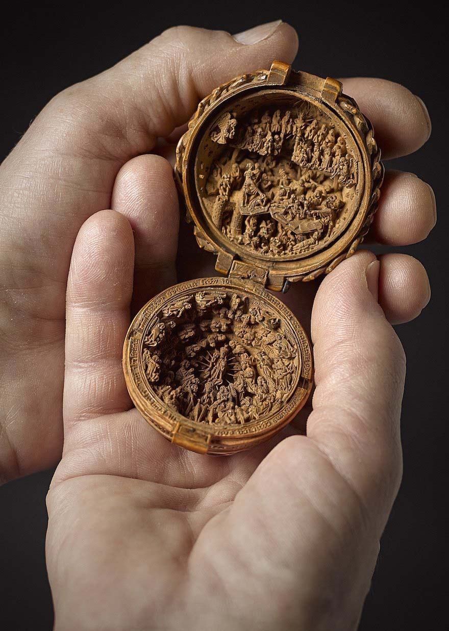 miniature-boxwood-carvings-elmaaltshift-1
