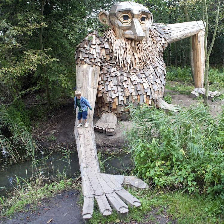Giant Wood Sculptures-elmaaltshift-10