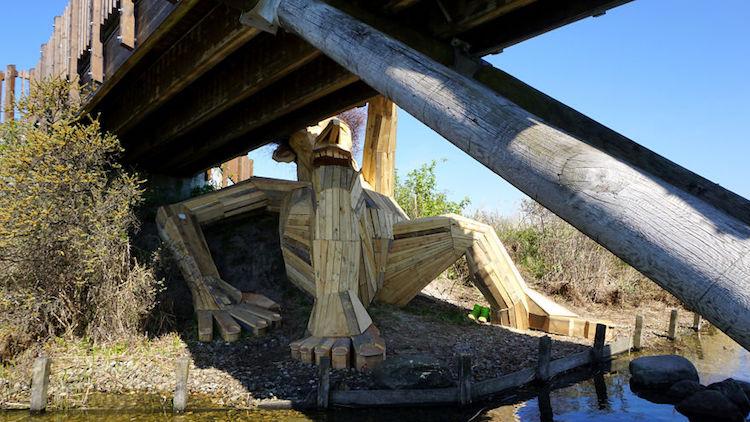 Giant Wood Sculptures-elmaaltshift-4