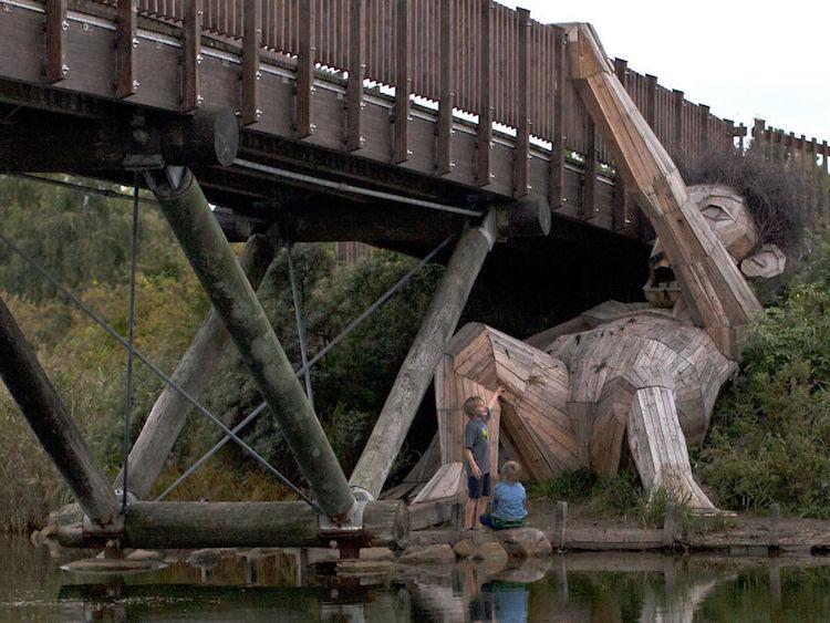 Giant Wood Sculptures-elmaaltshift-7