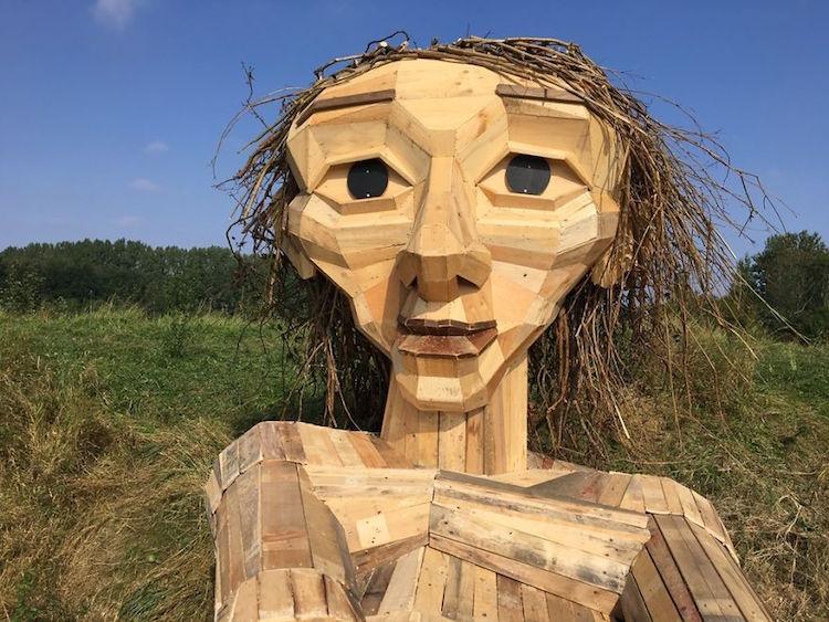 Giant Wood Sculptures-elmaaltshift-9